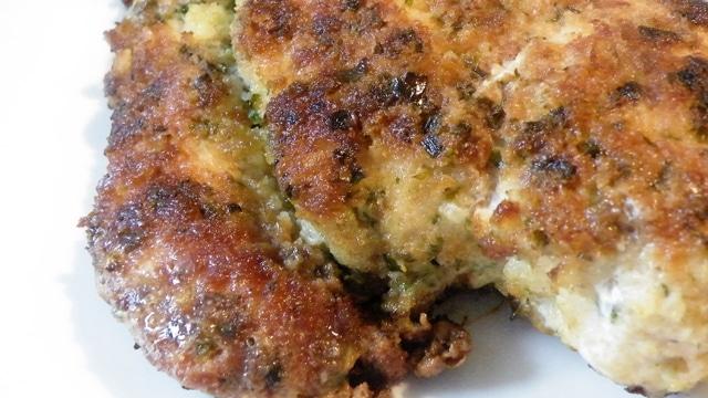 Filet de poulet en croute de parmesan
