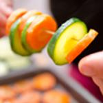 Brochette-de-legumes-Monter les brochettes