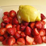 Liqueur-de-fraises-+ jus d'un citron