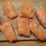 Oeuf-cocotte-au-saumon-Couper en largeur