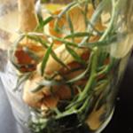 Chanterelles-au-vinaigre-Ajouter les aromates