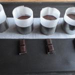 Fondant-au-chocolat-Verser dans les cercles