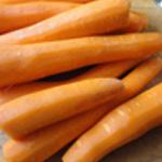 Lasagnes-légumes-Eplucher les carottes