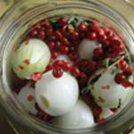 oignons-au-vinaigre-Ajouter les baies rouges