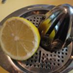 Apéritif-moules-Presser un 1/2 citron