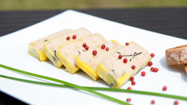 Foie-gras-a-la-truffe-Terminer