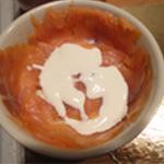 Oeuf-cocotte-au-saumon-Ajouter la crème