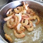 Espuma-de-crevettes-Saisir les crevettes