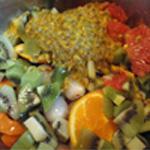 Salade de fruits Couper les kiwis