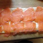 Feuilleté au saumon fumé déposer les tranches de saumon