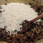 Risotto aux cèpes Ajouter le riz