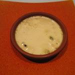 Creme brulée cerises séchées Verser la crème