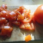 Pois chiche en salade Trancher les tomates en cubes