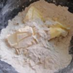 Tarte aux pommes revisitées Ajouter le beurre