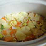 Baeckoeffe Mélanger les légumes