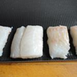 Roti de cabillaud Laver et essuyer le poisson