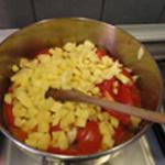 Soupe à la tomate Saisir les pommes de terre