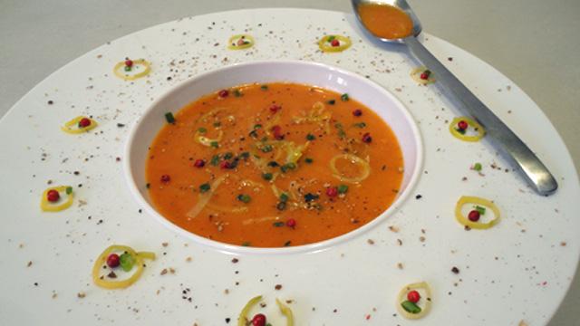Soupe la tomate cuisine maison - Potage a la tomate maison ...