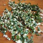 Blanc de seiche Hacher finement les herbes