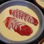 Crème brulée à la fraise Verser sur les fraises
