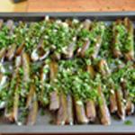 Couteaux au barbecue Ajouter la persillade