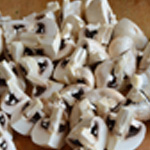 Salade aux champignons Couper en 4 les champignons