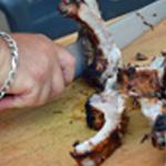 Travers de porc Utiliser un gros couteau