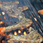 Agneau au barbecue Griller sur le grill