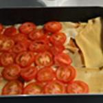 Lasagne Une rangée de tomate
