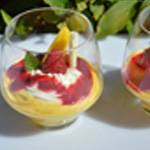 Mousse mangue Un peu de coulis