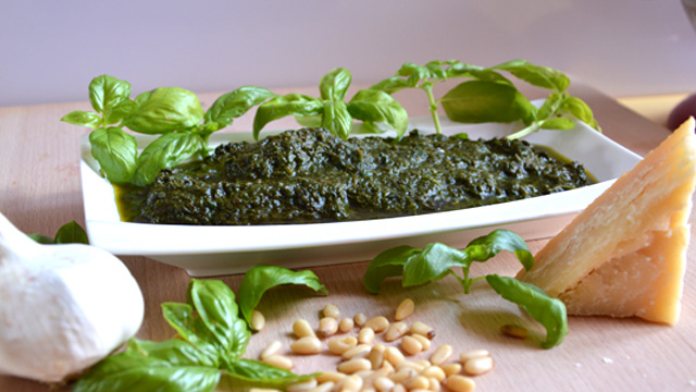 Pesto basilic et parmesan Terminer