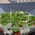 Salade tomates cerise Ciseler le basilic