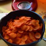 Tajine de carottesCouper les carottes en rondelles