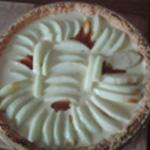Tarte aux pommes et caramel Verser un peu de caramel