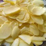 Baeckeofe de veau Couper en lamelles les pommes de terre