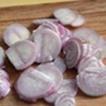 Rognon de veau grillé Ciseler les échalotes