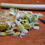 Potage aux moules Couper les poireaux