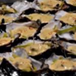 Huitre fondue de poireaux Verser le sabayon