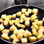 Omelette pomme de terre Rôtir les patates
