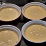 Crème et caramel Verser la c crème dans les ramequins