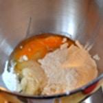 Muffin à la framboise Ajouter tous les ingrédients