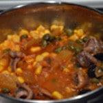 Spaghettis aux anchois Mélanger les ingrédients