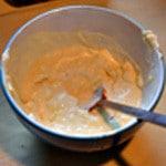 Pizza Andouillette Mélanger crème moutarde ricotta