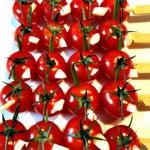 Brochettes de tomate cerise et ail