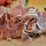 Castellane aux aubergines Effeuiller le jambon