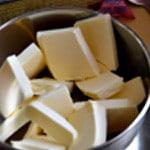 Madeleines et pépites Fondre le beurre