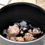Sauce vin blac et tomates Ajouter le vin blanc