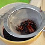 Figues au vin Filtrer la sauce