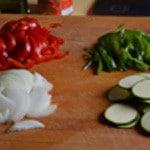 Pizza de boeuf épicé Trancher les légumes