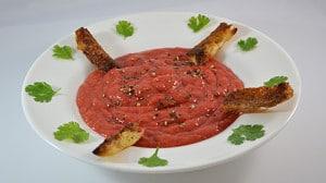 Recette de Gaspacho à la tomate pimentée